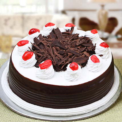 send birthday cakes to solapur